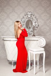 Gretta, Dubai Massage escort