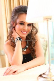 Flavia, Dubai Massage call girl