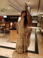 MEERA-PAKISTANI +, Dubai Massage call girl